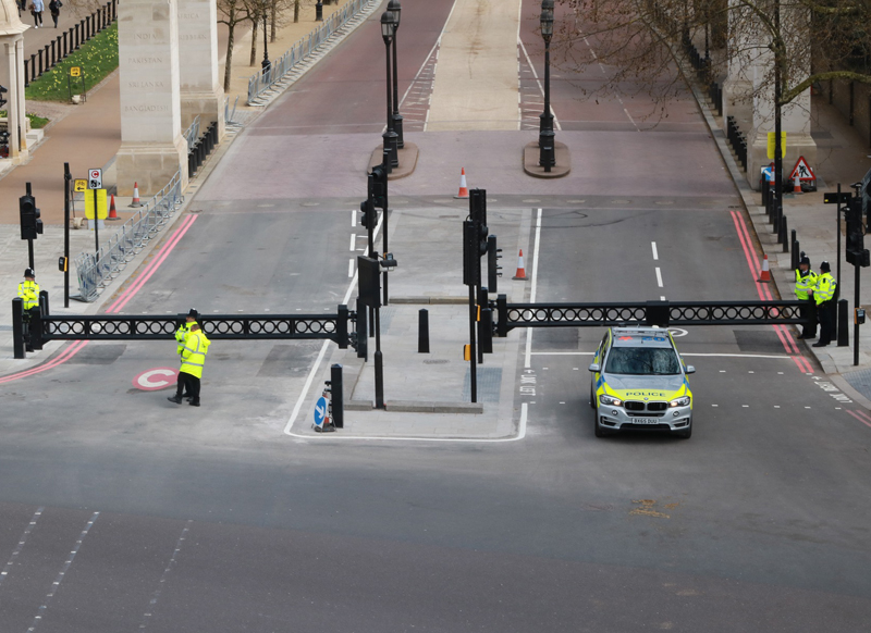 IWA14-1 Lockdown swing gate installed at Constitution Hill, London